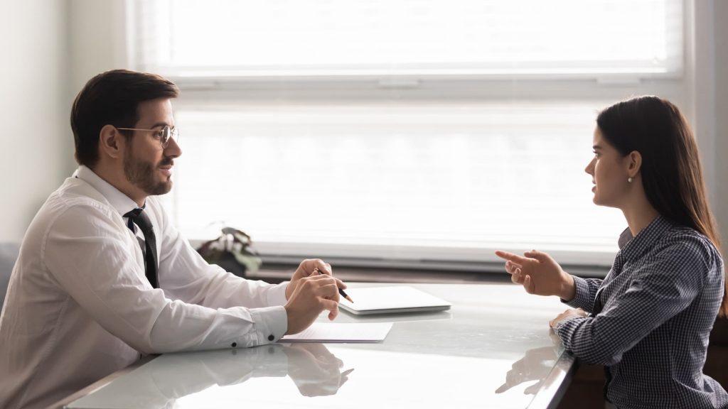 komunikacja na linii klient-agencja