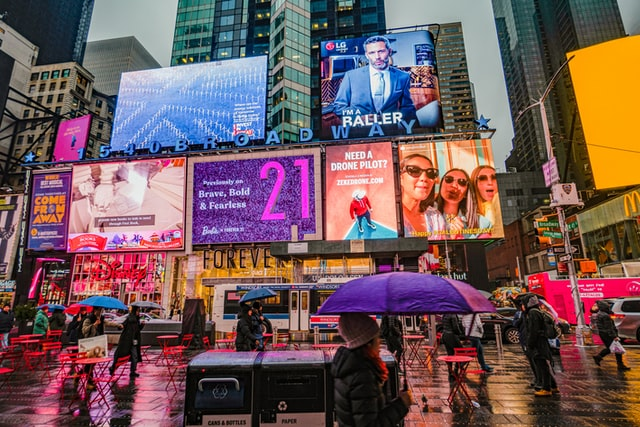 reklamy na billboardach